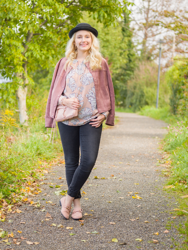 Herbstoutfit in Rosa
