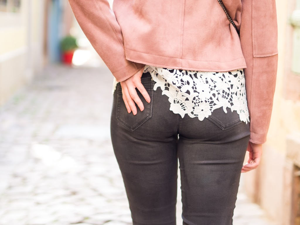 Herbstoutfit mit Jeans