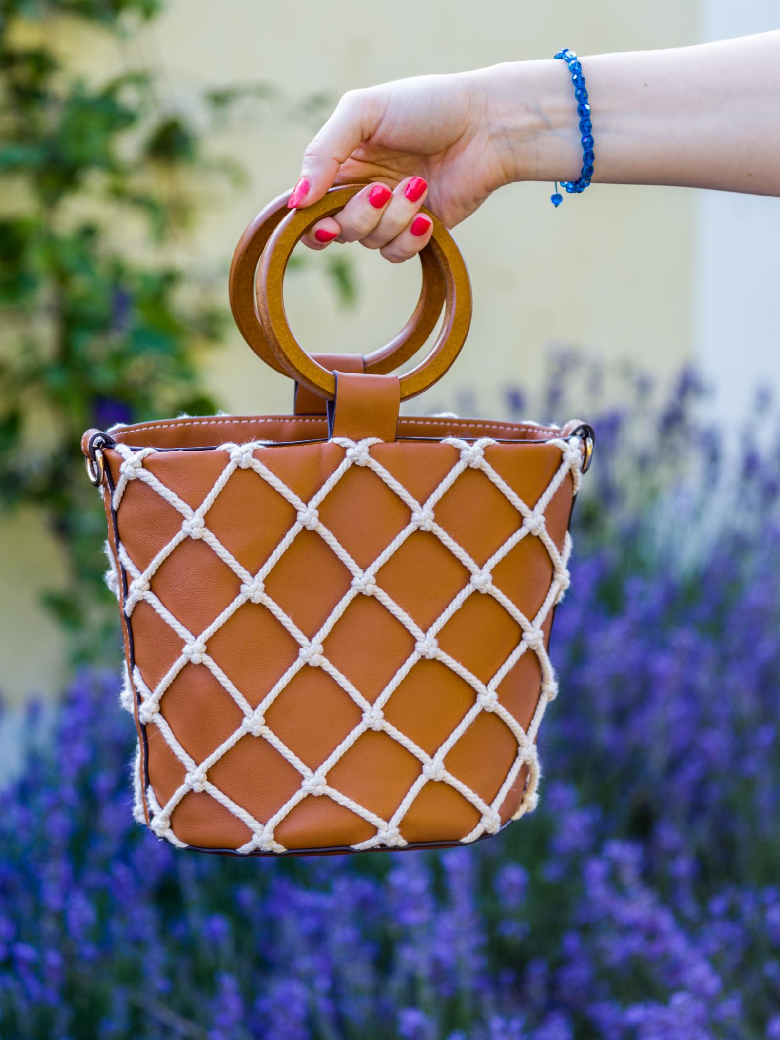Sommerkleid und Netztasche